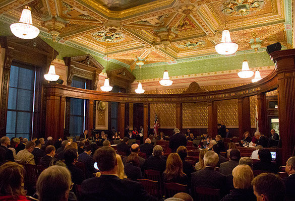 Rank-and-file Illinois lawmakers talking income tax hike