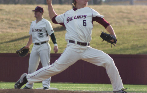 Salukis outslug Bears to take series
