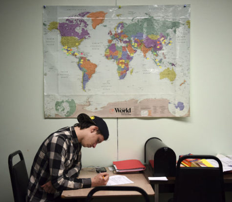 State senators urge ISBE to accelerate teacher shortage study