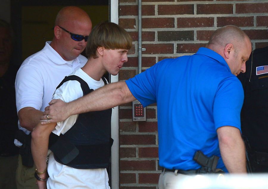 Judge+advances+date+of+Dylann+Roof%27s+next+hearing+in+church+shooting+case