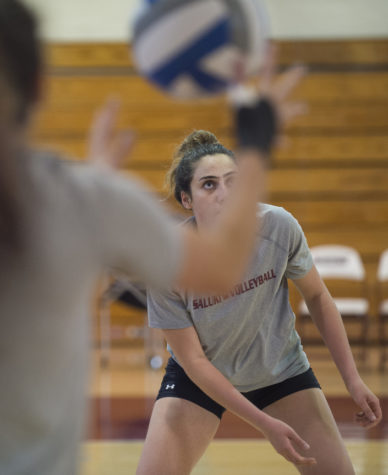Senior outside hitter Yael Benjamin prepares to hit a ball during volleyball practice Monday, Aug. 29, 2016, in Davies Gym. (Ryan Michalesko | @photosbylesko)