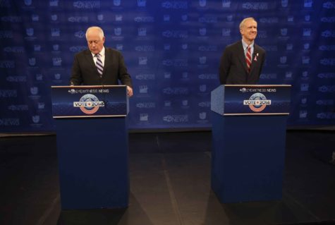 Then-Gov. Pat Quinn, left, and then-gubernatorial candidate Bruce Rauner are seen before the start of their debate at the ABC station in Chicago on Monday, Oct. 20, 2014. (Nuccio DiNuzzo/Chicago Tribune/MCT)