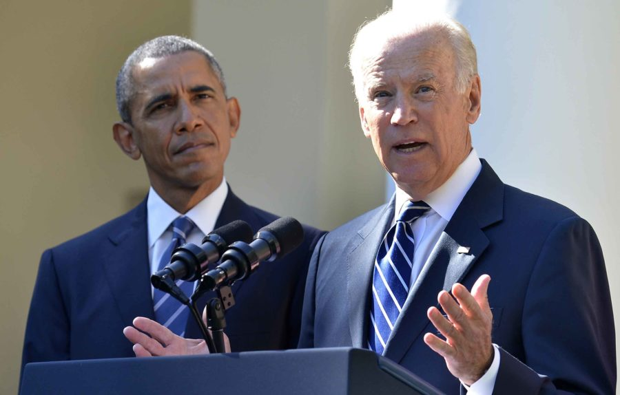 U.S. Vice President Joe Biden and President Barack Obama in the Rose Garden of the White House on Wednesday, Oct. 21, 2015. (Mike Theiler/CNP/Zuma Press/TNS)