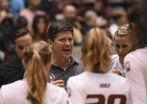 Assistant coach Todd Nelson consults his team Saturday, Sept. 3, 2016, during SIU's 3-1 loss to Northern Arizona at SIU Arena. (Sean Carley   @SCarleyDE)