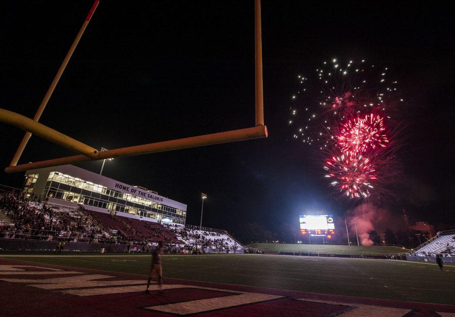 Fireworks+explode+over+Saluki+Stadium+following+the+Salukis%27+50-17+win+over+the+Murray+State+Racers+on+Saturday%2C+Sept.+17%2C+2016%2C+at+Saluki+Stadium.+%28Ryan+Michalesko+%7C+%40photosbylesko%29