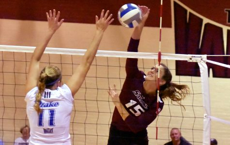 SIU volleyball beats Drake for second straight conference win (PHOTOS)