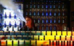 Pritzker raises minimum tobacco sale age to 21