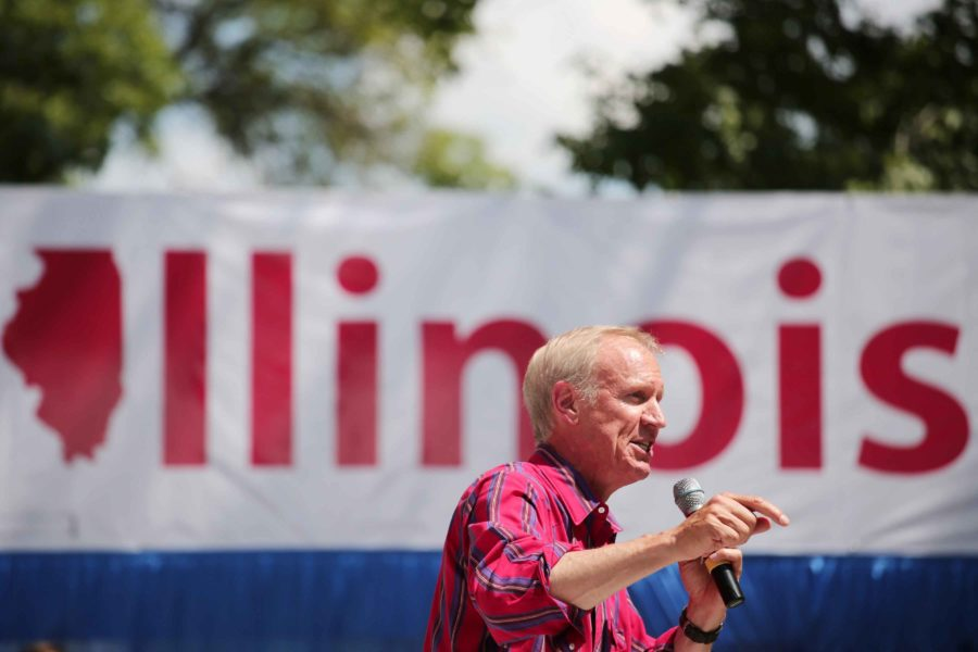 Illinois Gov. Bruce Rauner speaks at the Illinois State Fair on Aug. 17, 2016, in Springfield. (Anthony Souffle/Chicago Tribune/TNS)