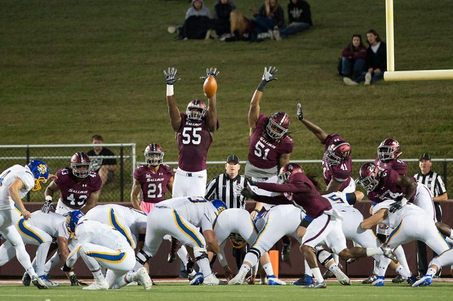 Saluki+football+players+attempt+to+block+a+field+goal+kick+during+SIU%27s+45-39+loss+to+South+Dakota+State+on+Saturday%2C+Oct.+8%2C+2016%2C+at+Saluki+Stadium.+%28Jacob+Wiegand+%7C+%40JacobWiegand_DE%29