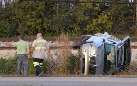 SUV rollover knocks out power in North Carbondale