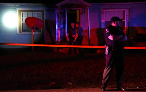 Carbondale police: Man shot, suspect at large