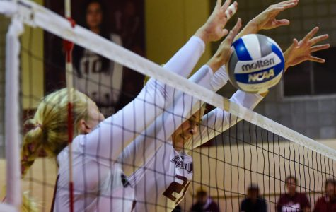 SIU volleyball bounced from MVC tournament in first round