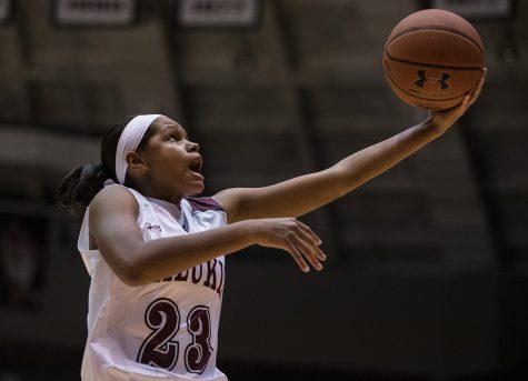 SIU women's basketball integrating underclassmen into rotations