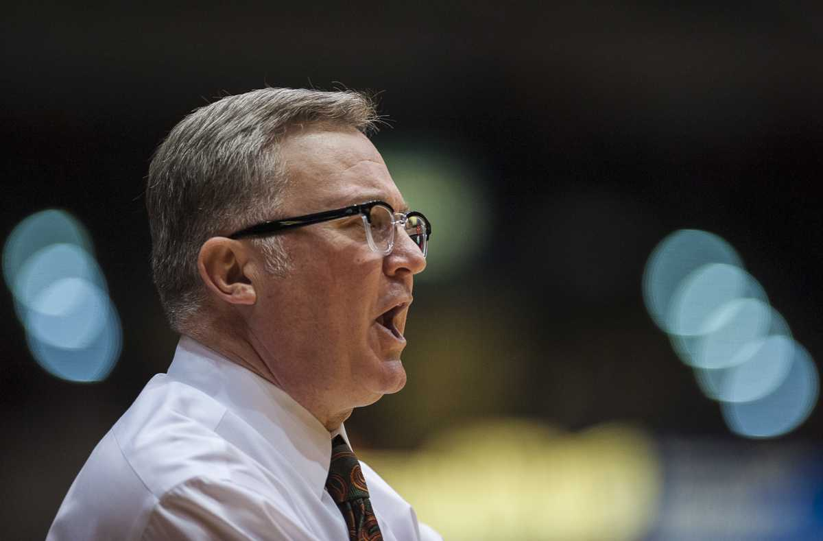 Saluki coach Barry Hinson calls a play Wednesday, Nov. 16, 2016, during SIU's 85-64 win over the Missouri Southern Lions at the SIU Arena. (Ryan Michalesko | @photosbylesko)