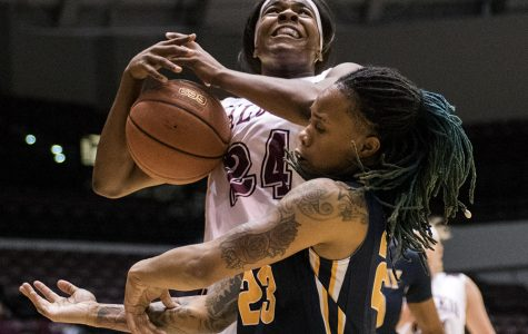 SIU women's basketball drops road matchup to SIUE