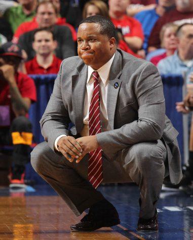 Son of former SIU men's basketball coach dies at 15