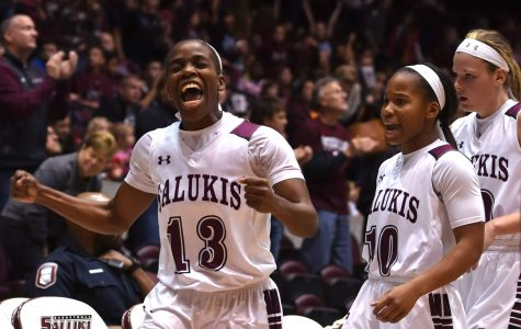 Salukis continue to struggle, lose to Drake