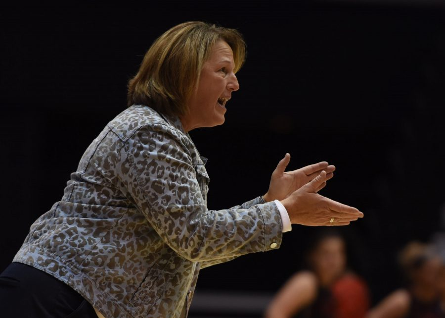 SIU+coach+Cindy+Stein+encourages+the+Salukis+during+the+team%27s+77-70+win+Friday%2C+Dec.+9%2C+2016%2C+against+Southeast+Missouri+at+SIU+Arena.+%28Bill+Lukitsch+%7C+%40lukitsbill%29