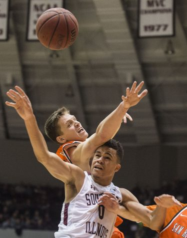 Salukis can't complete comeback, lose to Sam Houston State