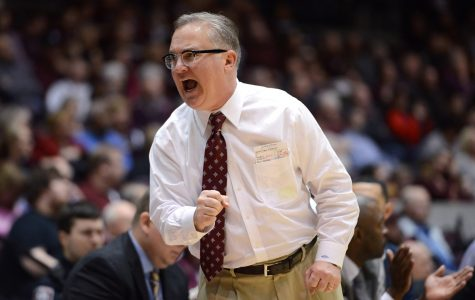 Coach Barry Hinson reacts to a play Saturday, Jan. 28, 2017, during SIU's 85-84 overtime win against the Missouri State Bears at SIU Arena. (Luke Nozicka | @lukenozicka)