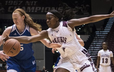Gallery: Saluki women's basketball falls 71-60 to Drake