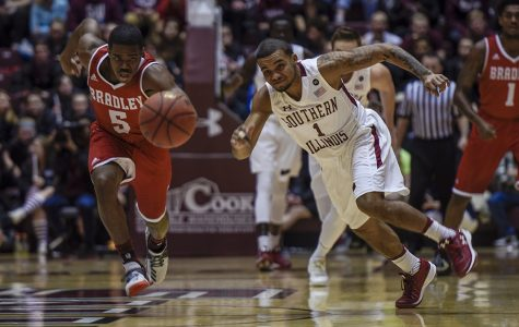 Gallery: Saluki basketball defeats Bradley 85-65