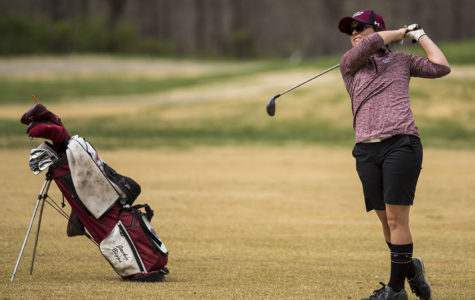 Women's golf takes fifth at Cardinal Classic while setting school records