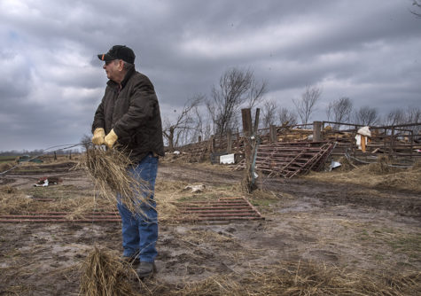 Gallery: Tornado damages southern Illinois communities