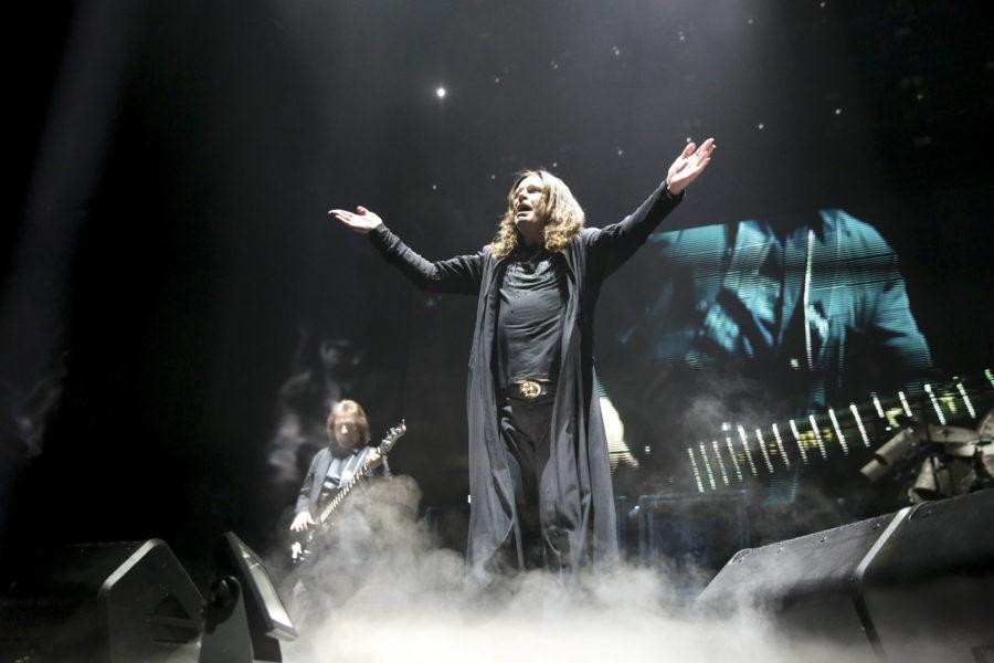 Ozzy+Osbourne+of+Black+Sabbath+performs+at+the+United+Center+Friday%2C+Jan.+22+2016%2C+in+Chicago.+%28Armando+L.+Sanchez%2FChicago+Tribune%2FTNS%29