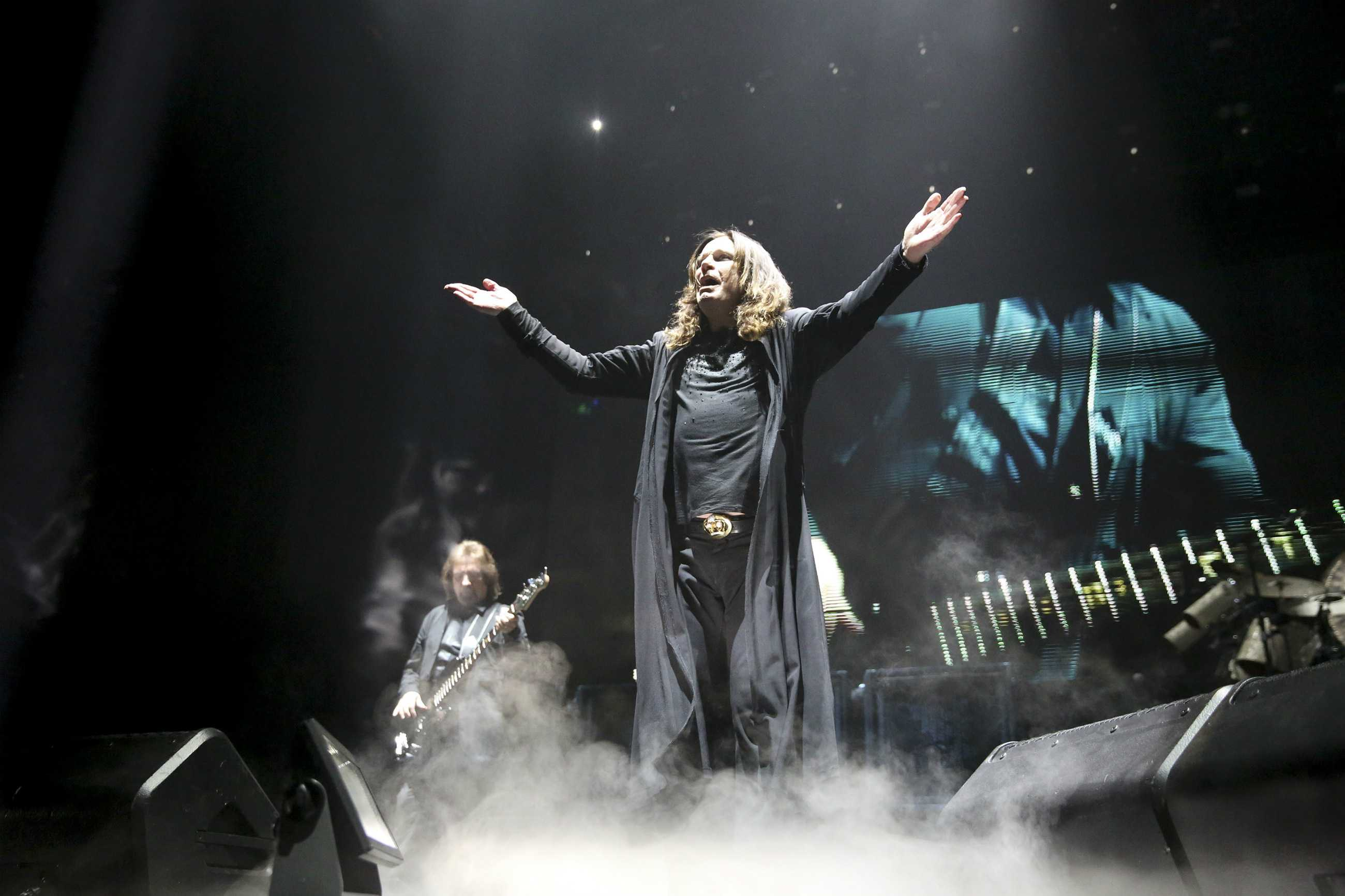 Ozzy Osbourne of Black Sabbath performs at the United Center Friday, Jan. 22 2016, in Chicago. (Armando L. Sanchez/Chicago Tribune/TNS)