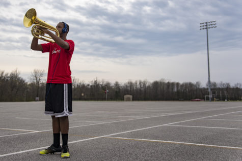 Photo of the Day: Alone with a baritone