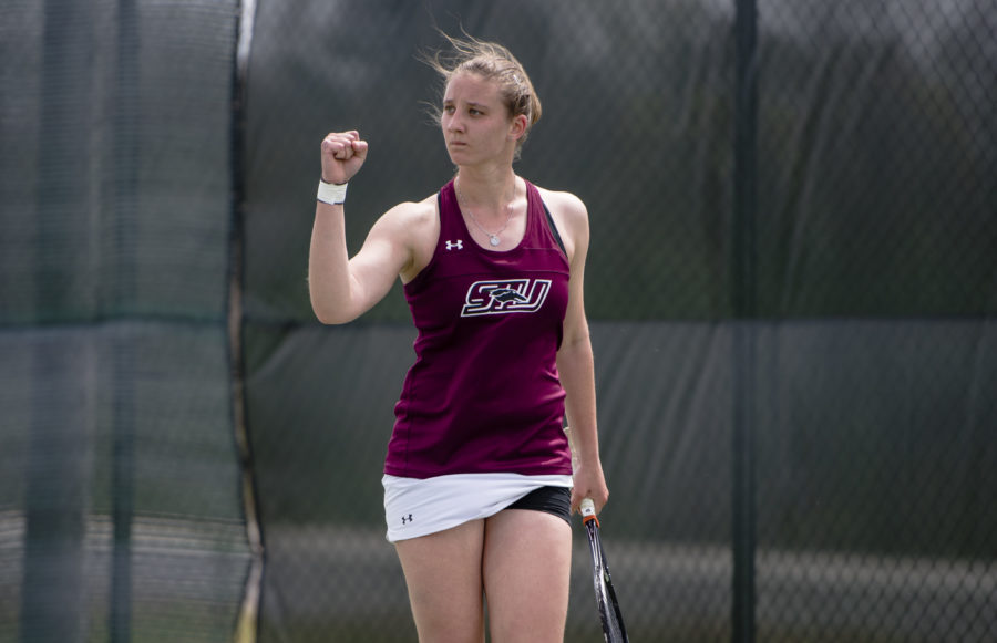 Senior Polina Dozortseva reacts to scoring a point Sunday, April 9, 2017, during her match against Bradley junior Aimee Manfredo at the University Courts. Dozortseva lost her match, but the Salukis beat the Braves 4-3. (Bill Lukitsch | @lukitsbill)
