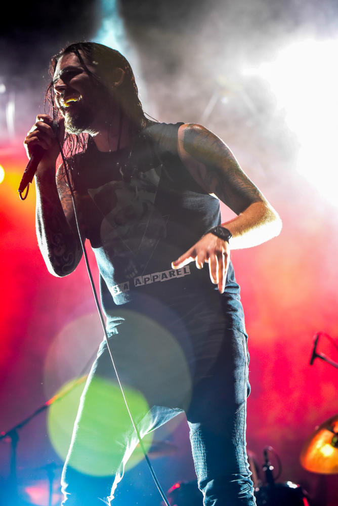 Bobby+Amaru%2C+lead+singer+of+Saliva%2C+performs+%0AFriday%2C+Aug.+18%2C+2017%2C+during+the+opening+night+of+Moonstock+music+festival+at+Walker%E2%80%99s+Bluff+Winery+in+Carterville.+Amaru+has+been+with+the+band+since+2011+when+original+front-man+Josey+Scott+left+to+pursue+his+solo-career.+%28William+Cooley%7C+%40Wcooley1980%29