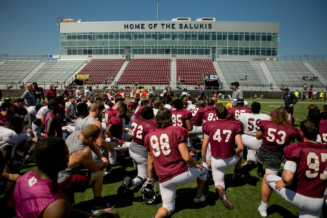 Saluki football rolls past Murray State in season opener