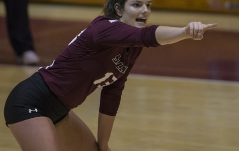 Saluki volleyball falls to Panthers on Senior Day