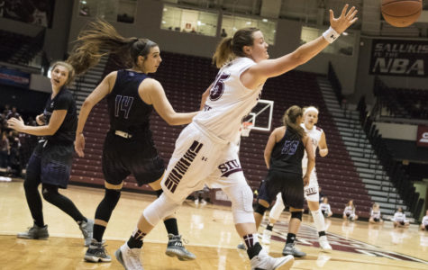 Saluki women terrorize Kentucky Wesleyan with 89-41 win on Halloween Night