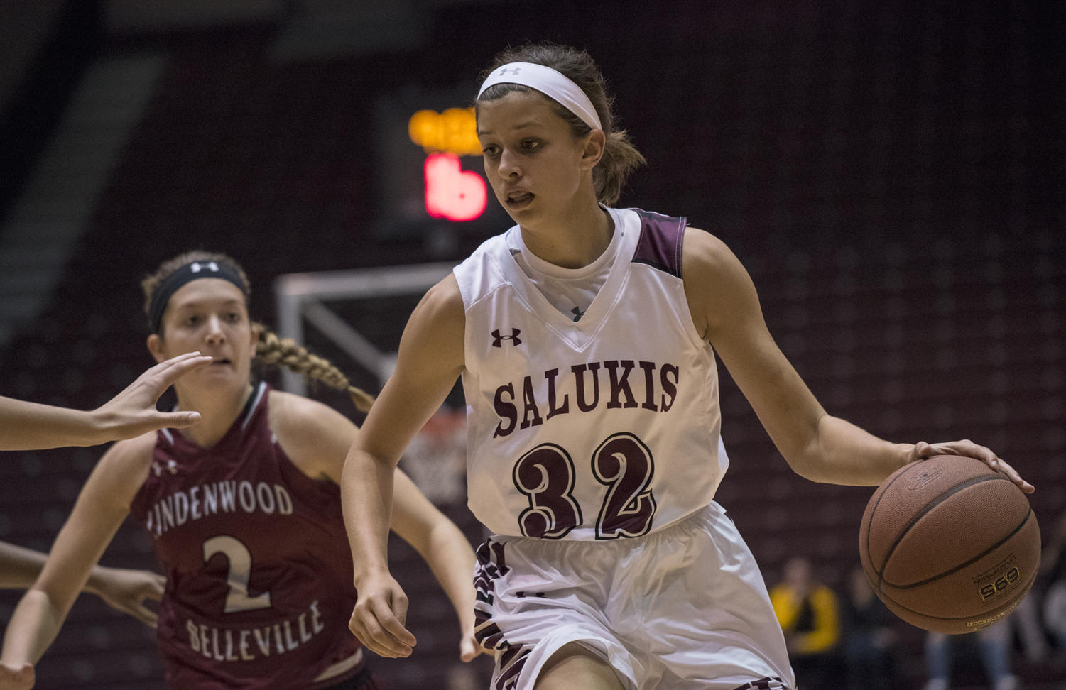 Senior guard Kylie Giebelhausen looks to make a pass Friday, Nov. 3, 2017, during the Salukis 90-68 win against the Lindenwood Lynx at SIU Arena. (Athena Chrysanthou | @Chrysant1Athena)