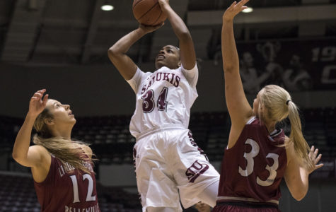 Sophomore forward Nicole Martin shoots a basket Friday, Nov. 3, 2017, during the Salukis 90-68 win against the Lindenwood Lynx at SIU Arena. (Athena Chrysanthou | @Chrysant1Athena)