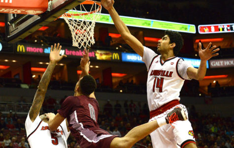 Saluki basketball chased out of Louisville by Cardinals