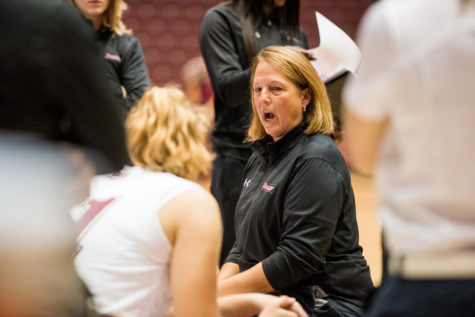 Daniels changes heart, comes back to men's basketball