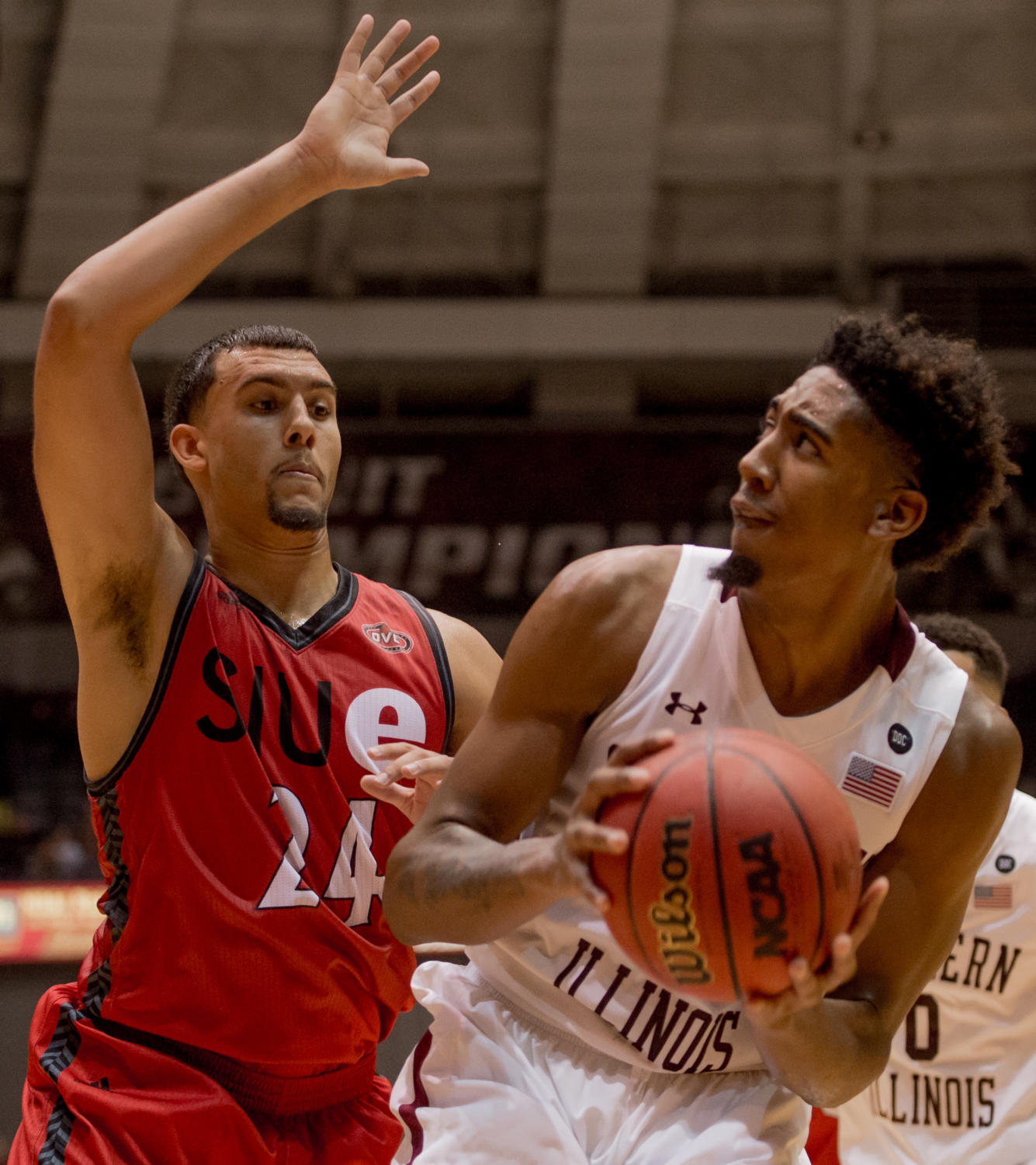 Saluki basketball pounce over SIUE Cougars 86-59 – Daily ...