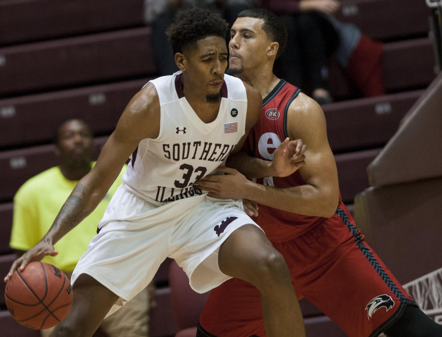 Junior center Kevion Pippen pushes against cougar defense to lay up the ball Wednesday, Nov. 29, 2017, during the Salukis' 86-59 win against SIUE at SIU Arena. (Dylan Nelson | @Dylan_Nelson99)