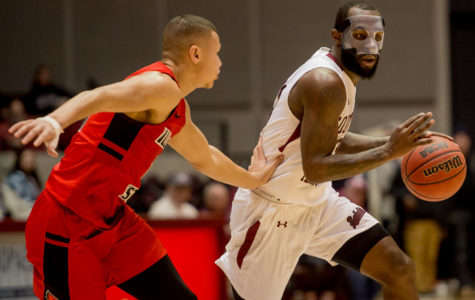 Salukis shoot down Illinois State Redbirds in comeback win