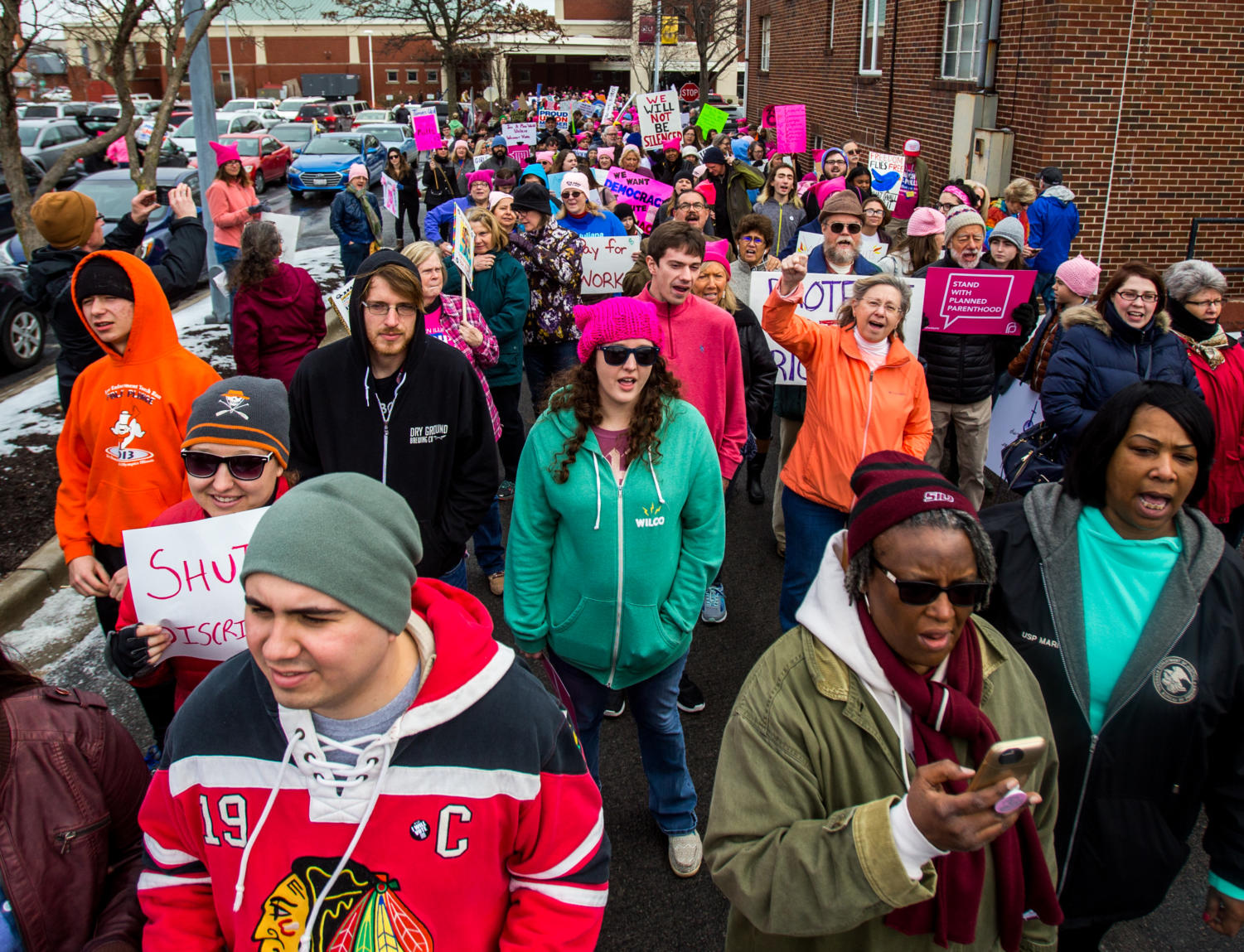 Hundreds+take+the+streets+Saturday%2C+Jan.+20%2C+2018%2C+during+the+Southern+Illinois+March+to+the+Polls+outside+the+Carbondale+Civic+Center.+%28Brian+Mu%C2%96oz+%7C+%40BrianMMunoz%29