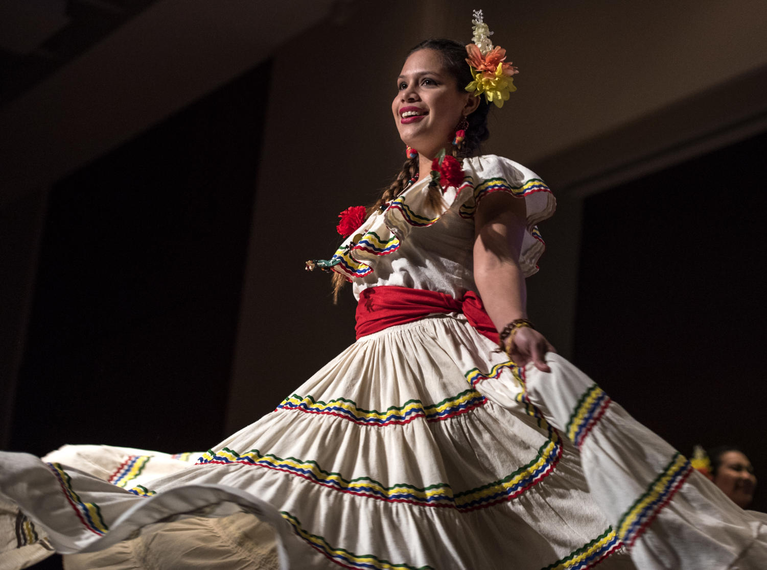Andrea+Espinal%2C+a+graduate+student+studying+foreign+languages+%26+literature+from+Honduras%2C+performs+the+traditional+%E2%80%9CPunta%E2%80%9D+dance+Friday%2C+Feb.+9%2C+2018%2C+inside+the+Student+Center+Ballrooms+during+the+International+Festival+Cultural+Show.+%28Mary+Newman+%7C+%40MaryNewmanDE%29