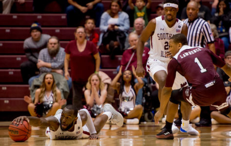 Salukis claw out victory over Missouri State Bears