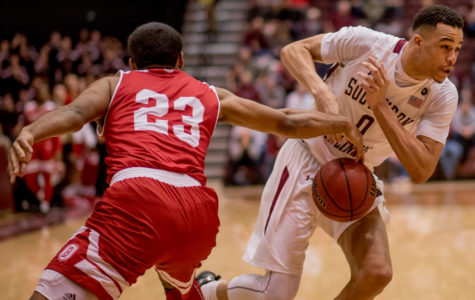 Gallery: Salukis beat out Bradley Braves, 74-57