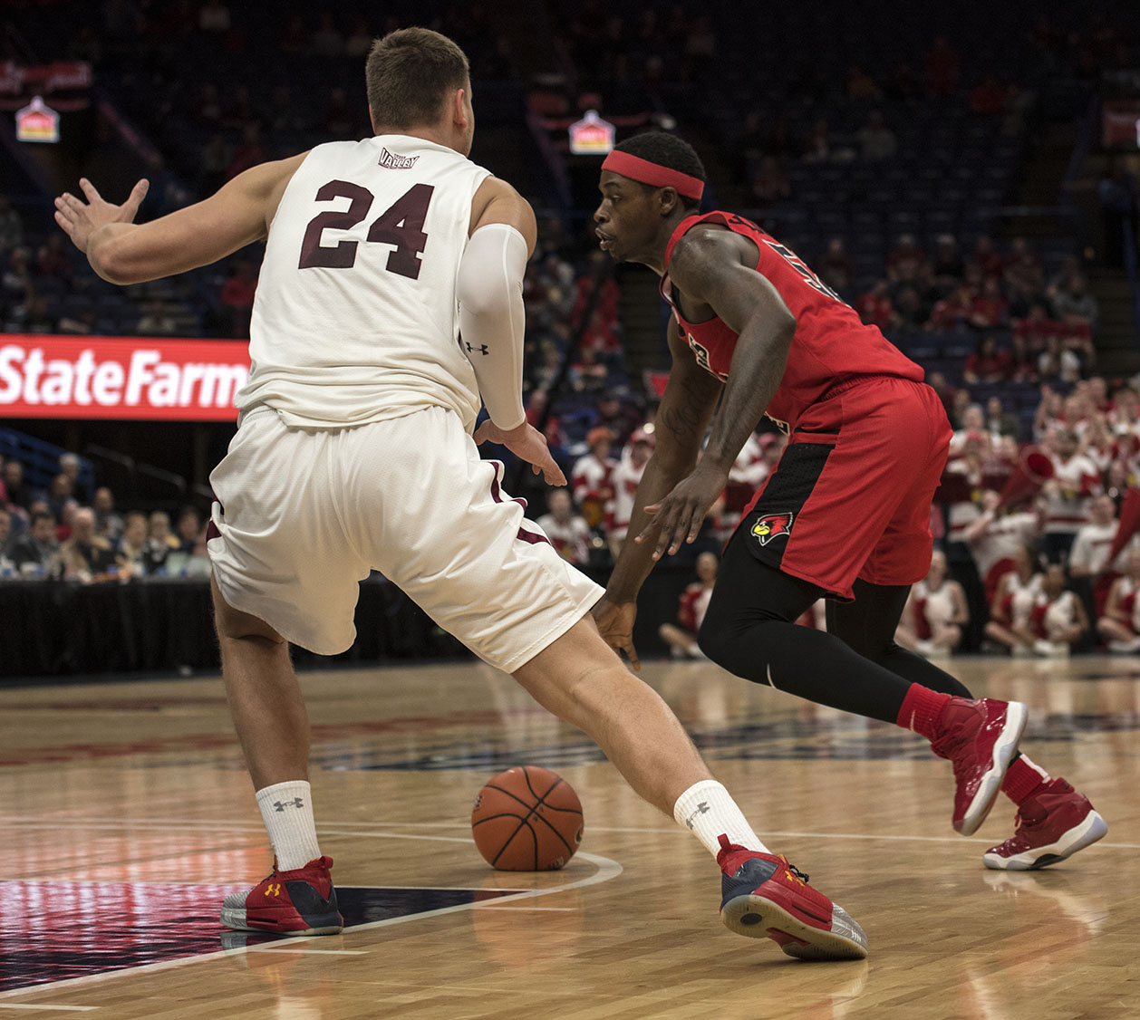 Junior+forward+Rudy+Stradnieks+looks+to+block+a+player+Saturday%2C+March.+3%2C+2018%2C+during+the+Salukis%E2%80%99+76-68+loss+against+the+Illinois+State+Redbirds+at+the+Missouri+Valley+Conference+%22Arch+Madness%22+tournament+in+St.+Louis.+%28Athena+Chrysanthou+%7C+%40Chrysant1Athena%29