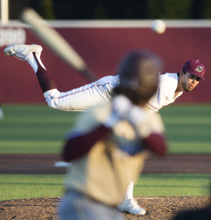 Senior pitcher Allen Montgomery pitches the ball Saturday, March 3, 2018, during the Warkhawks 13-7 win against the Salukis at Itchy Jones Stadium.(Dylan Nelson | @Dylan_Nelson99)