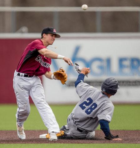 Saluki baseball dominates UC Irvine